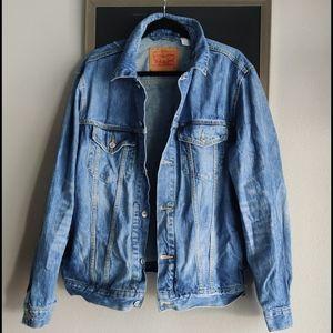 Levi's Men's Denim Jacket  sz XL medium wash blue
